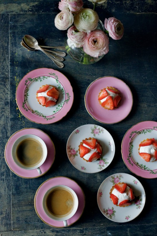 mimi thorisson strawberrytartstable-710x1065